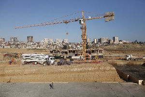 Construction of Yasamal Housing Complex is rapidly being continued