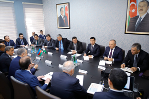 The State Housing Development Agency holds a meeting with a delegation from the Republic of Uzbekistan on a visit to Baku